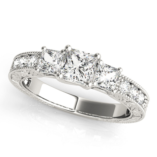 ENGAGEMENT RINGS 3 STONE PRINCESS