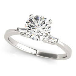 ENGAGEMENT RINGS 3 STONE BAGUETTE