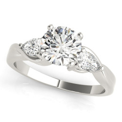 ENGAGEMENT RINGS 3 STONE PEAR