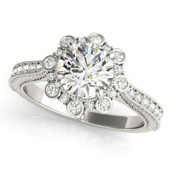 ENGAGEMENT RINGS HALO